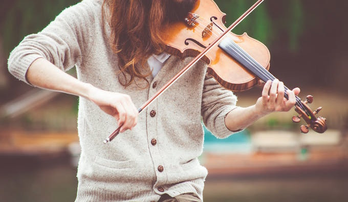 Photo of a woman playing violin